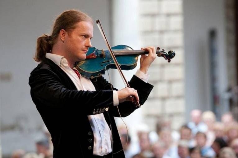 Vánoce na modrých houslích: Pavel Šporcl