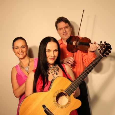 Two Voices Trio