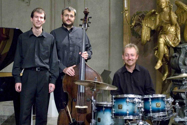 Tom Vybíral Trio & Veronika Moudrá