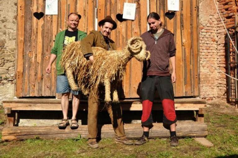 Závodní ovce + Ben Lovett + další