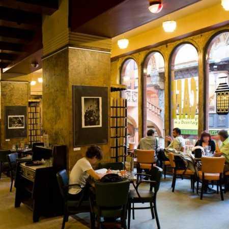 Lucerna Cafe