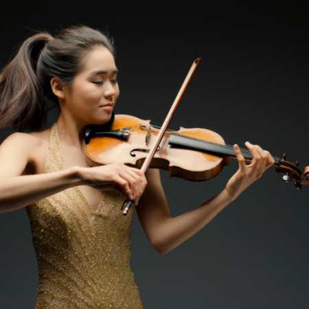 Ester Yoo