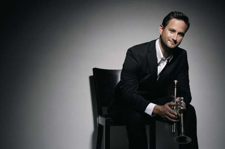 Concert = Duel? Grand Piano And Trumpet Wrangle, Mozart Consoles