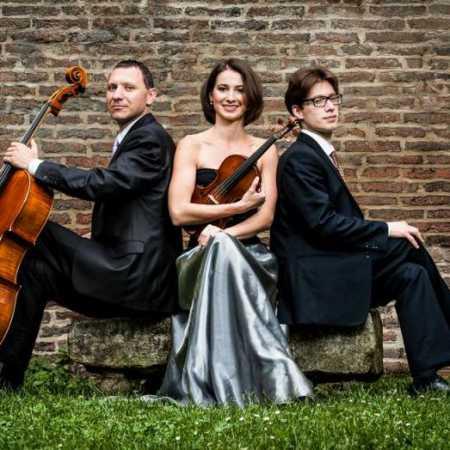Orbis trio