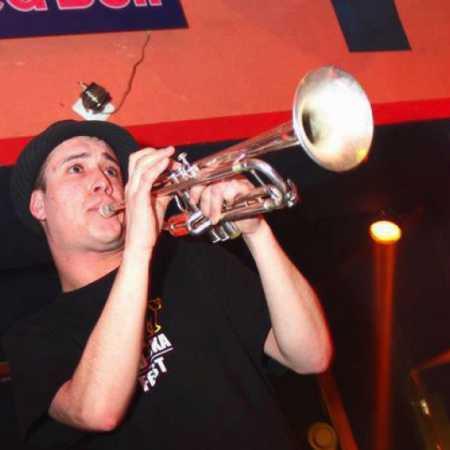 Dawe Trumpeteer