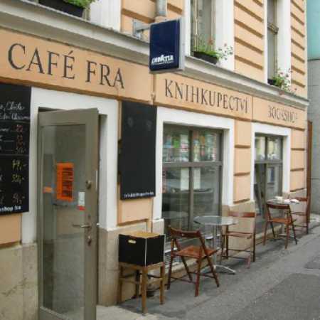 Café a knihkupectví Fra