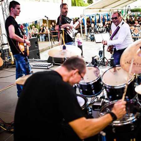 WB Band