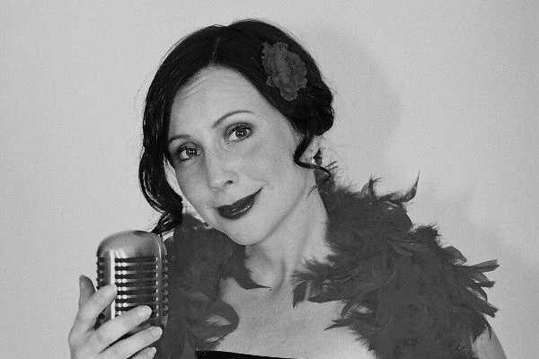 Adéla Zejfartová & Sunny Swing Trio