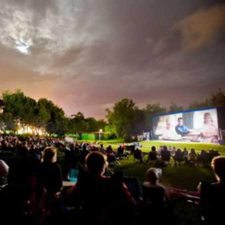 Letní kino Na Riviéře