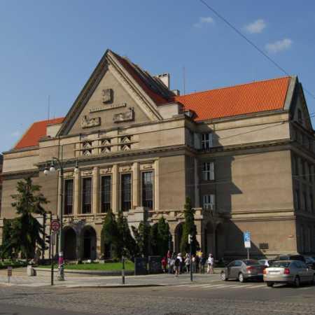 Právnická fakulta Univerzity Karlovy