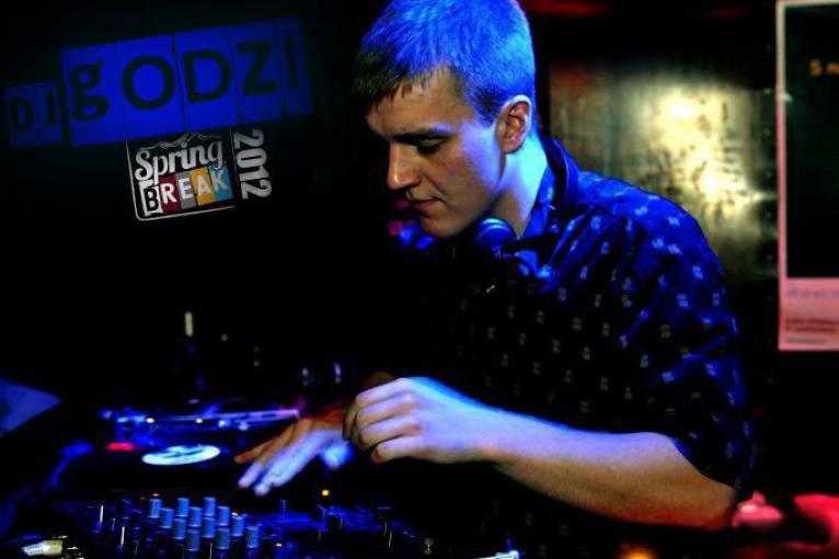 Bonkers: N'zym + Godzi + Adam Dobeš