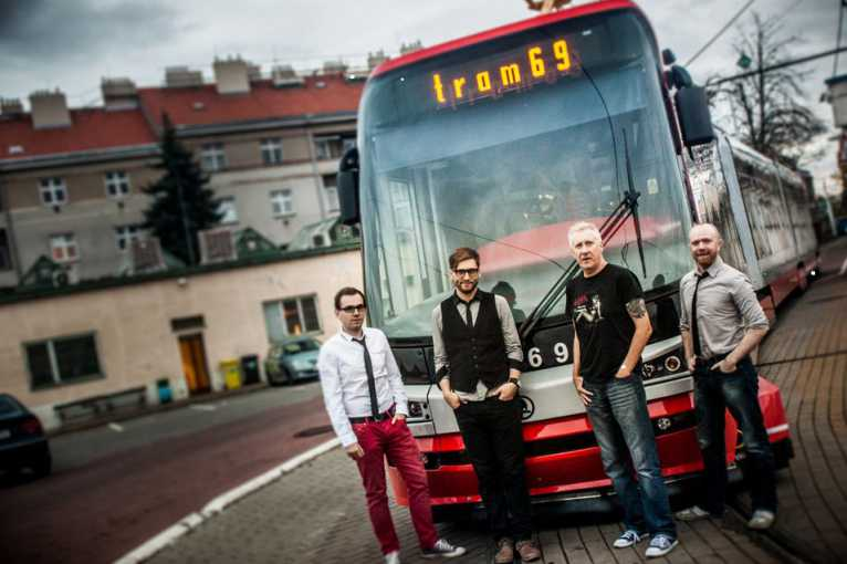 Dan Reed Network + support: Tram 69 + Justin Lavash