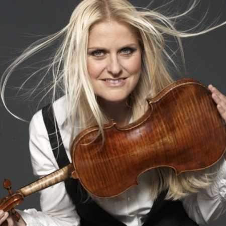 Gabriela Demeterová & Brahms: Koncert pro housle a orchestr D dur