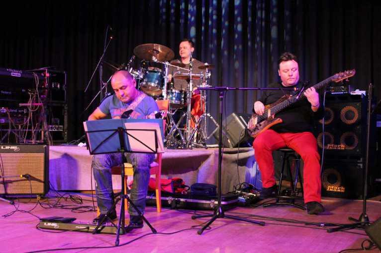 Bowle Band
