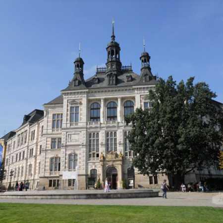 Západočeské muzeum v Plzni (hlavní budova)