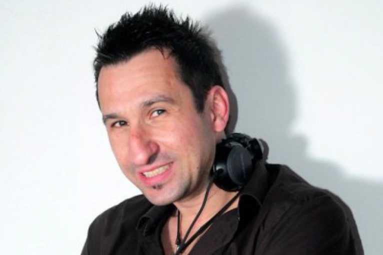 Oldstras: DJ Uwa & DJ Lucaso + more