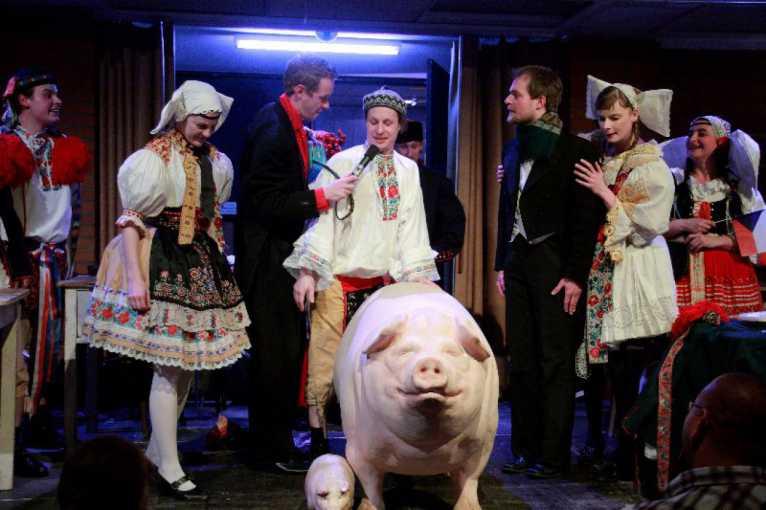 Prase aneb Václav Havel's Hunt For a Pig