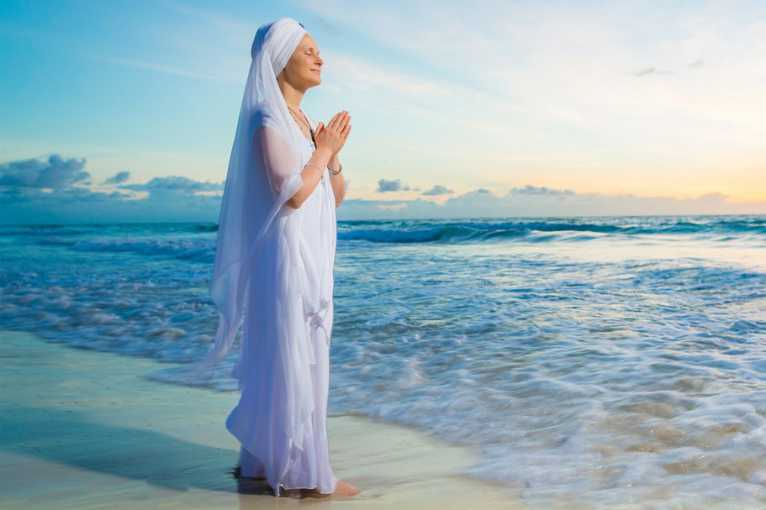 Sacred Chants with Snatam Kaur and friends