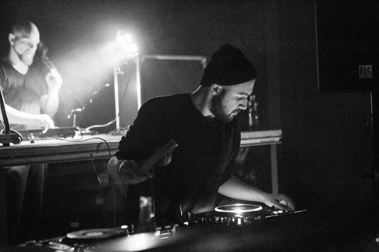 Make A Difference: DJ Arnii + Battle Lady + DJ Tricky V