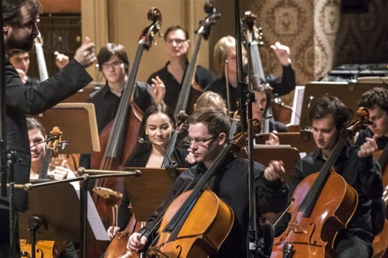 Four Steps to the New World: Shostakovich's Fifth Symphony