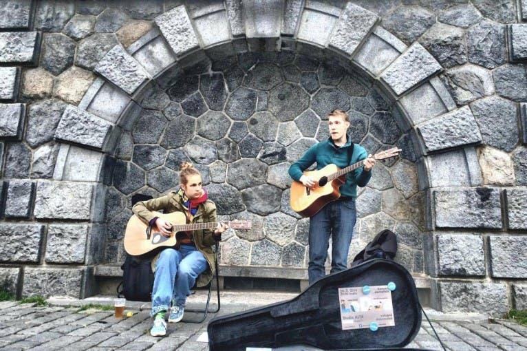 Jarní festival osamělých písničkářů: Kittchen + LeDva + další