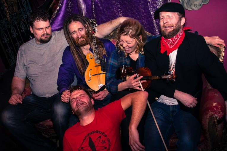 The Dreadnoughts + support: Pirates of the Pubs