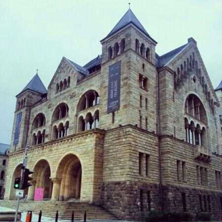 Zamek Culture Centre