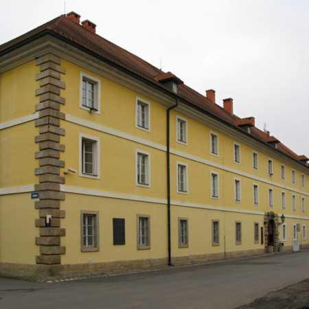 Půdní divadlo v Magdeburských kasárnách