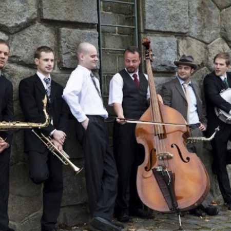 Jazz Volunteers