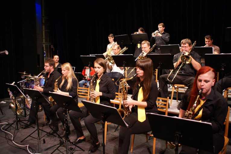 Jazz bez hranic: Big Band Konzervatoře Plzeň