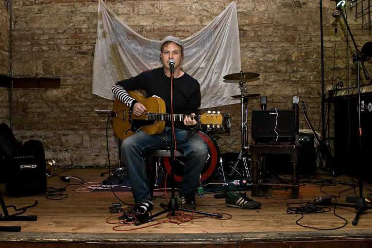 Friday Acoustics: Ken Nash