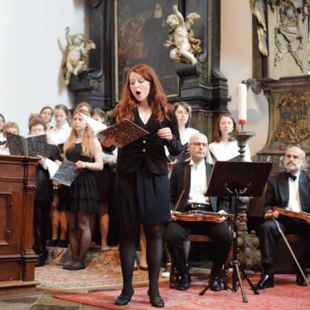 Sbor a orchestr Arcibiskupského gymnázia