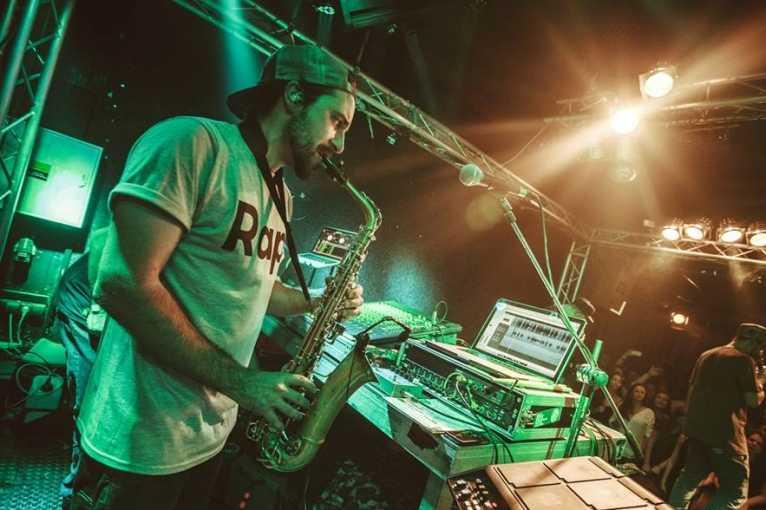 Groove Dock: Jeffology + Mr. Ultrafino + Radimo