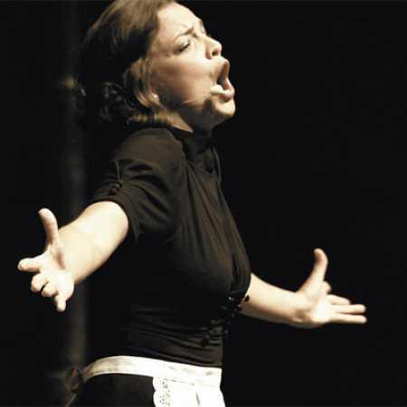 Anne Carerre
