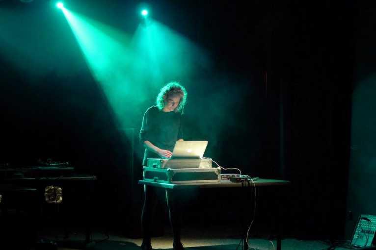 Mik Musik Showcase: Bartek Kujawski + Iron Noir + John Lake