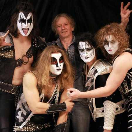 Kiss Czech Company + Hairy Groupies