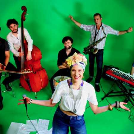 Camões House Band