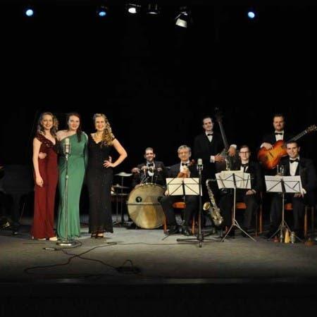 The Rhythm Girls and Radiolians Orchestra