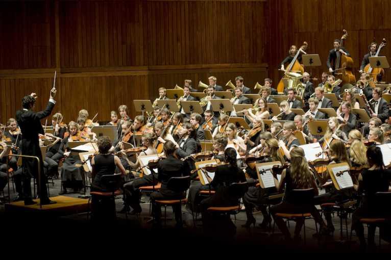 Gustav Mahler Jugendorchester & Ingo Metzmacher