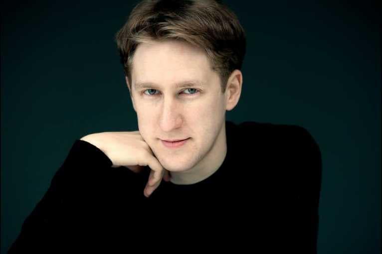 Czech Philharmonic & Joshua Weilerstein