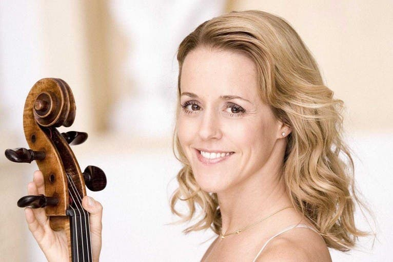 Czech Philharmonic & Sol Gabetta