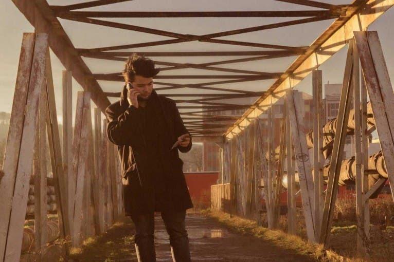 Chris Ellys + Looma