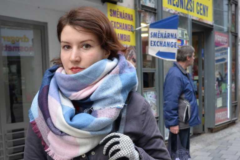 Veronika R. Nováková: Vizuální smog