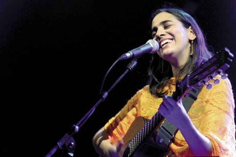 Marta Gómez + Taksim Trio