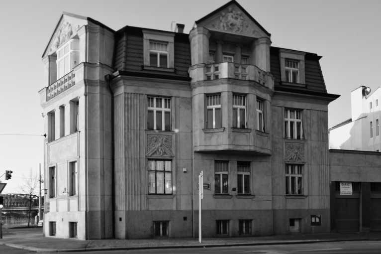 Den architektury: Kubistické vily na Rašínově nábřeží