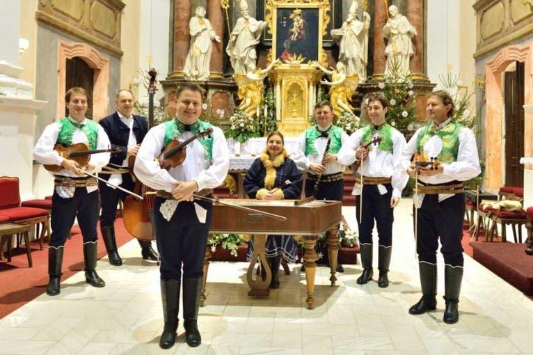 Folklorní koncert