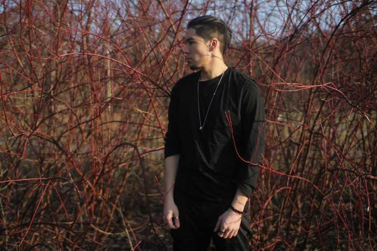 Groundswell: Sebastian Paiza + Daniel + Hanz Saaen