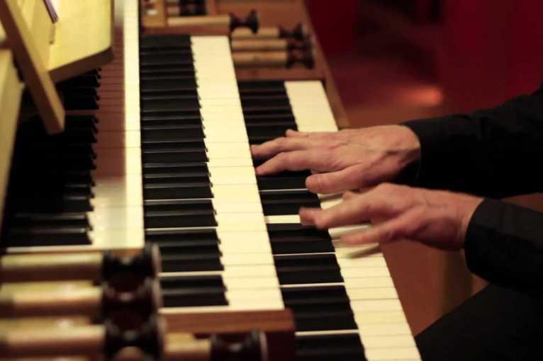 The Best Of Classic: Organ, Violin, Soprano