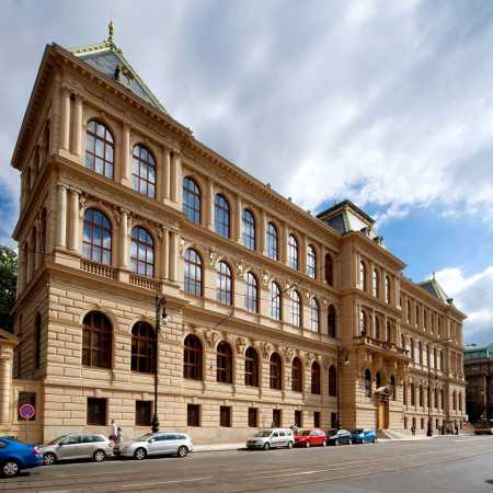 Museum of Decorative Arts in Prague (historical building)