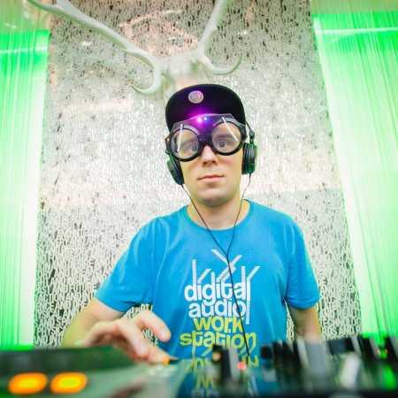 DJ Poniecki